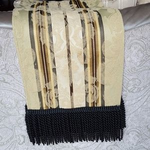 Table Scarf